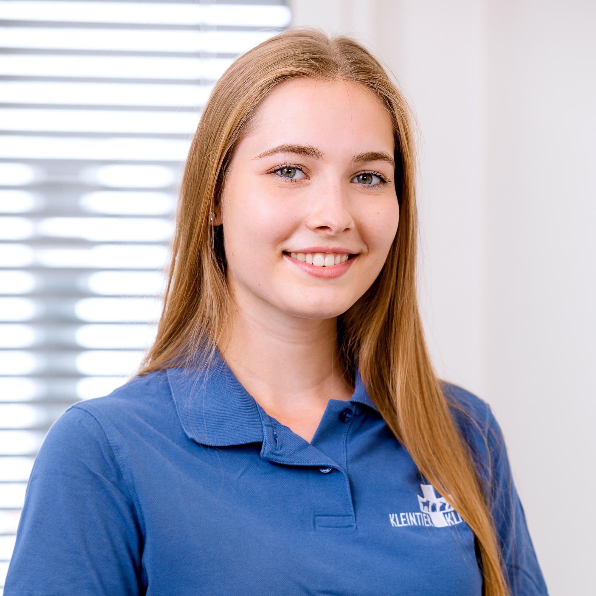 Mitarbeiter Sabrina Hafer tierklinik 6779 b